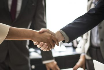 Signature d'un contrat de marché public